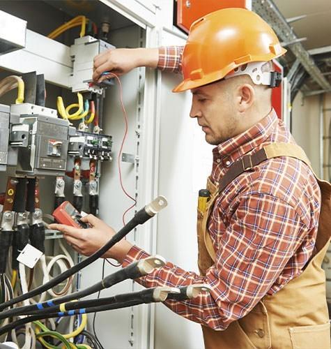 Услуги электрика в Волгограде